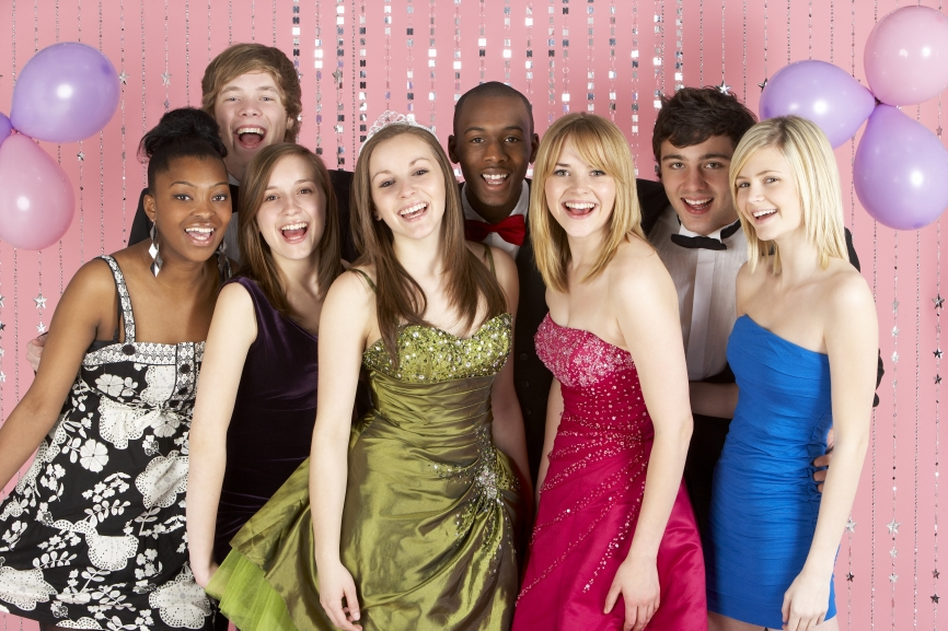 Long Island Volunteer Center Announces 18th Annual Prom Boutique ...