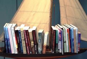 BoatloadofSandybooks