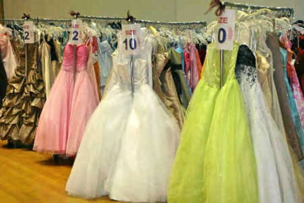 Long Island Volunteer Center Announces 2015 Prom Boutique Collection ...